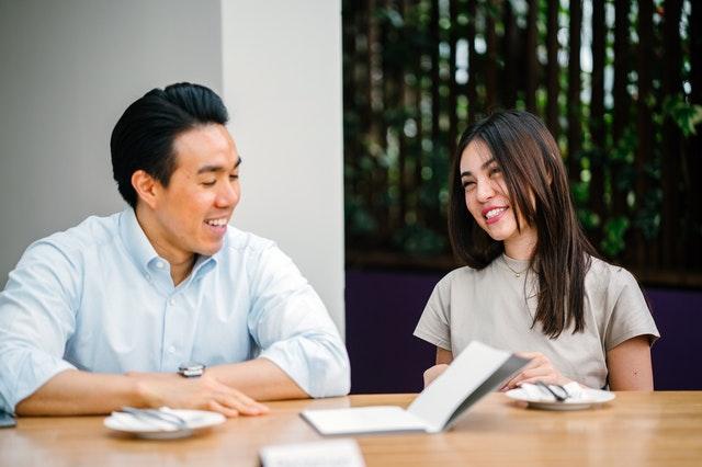 第二新卒でコンサル転職!メリットや成功方法を解説