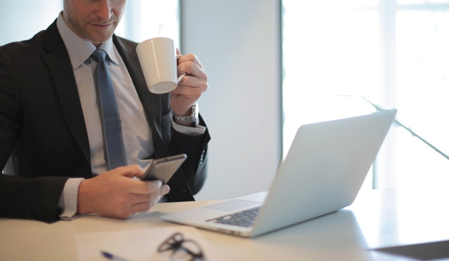 ITコンサルとは?企業一覧・年収ランキング・激務の実態を解説