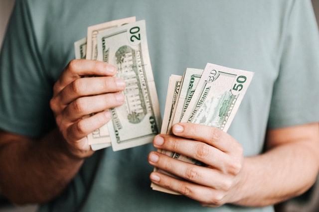 平均年収1000万円超え!ベイカレントコンサルティングの実態を解説