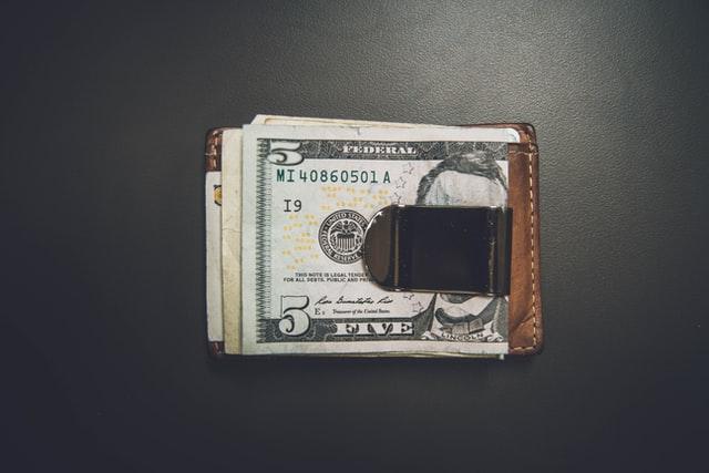 シンプレクスの平均年収は850万円超え!高給の実態を徹底解説